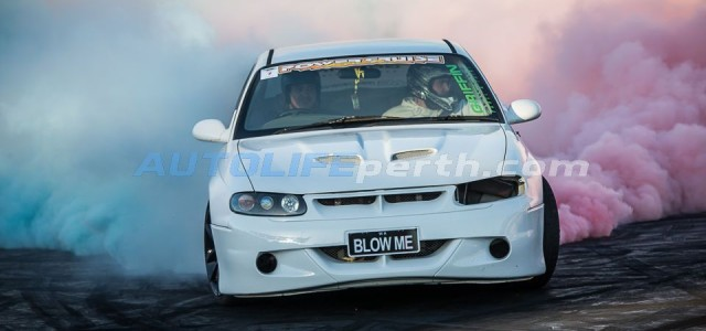Photos from Burnout blitz – 14th December 2013 are now online click here to see the gallery or click here to see our faves on autolife perth